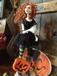 Scary Godmother som dukke (3)