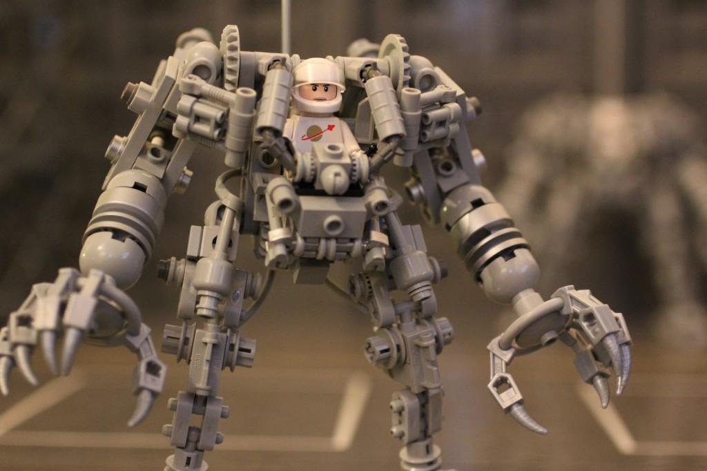 Byg dit eget Exo-skelet i Lego (2)