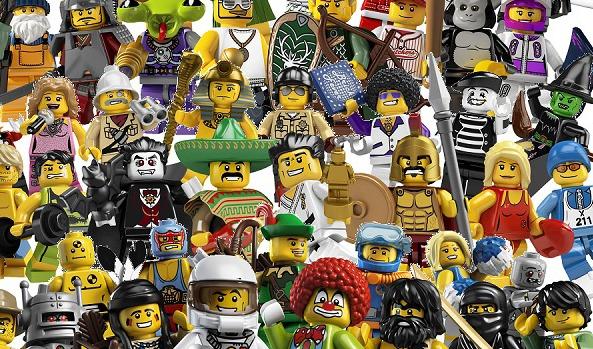 Lego-figurer invaderer Jorden