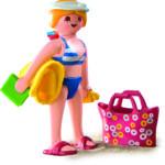 2010 4695 Frau am Strand