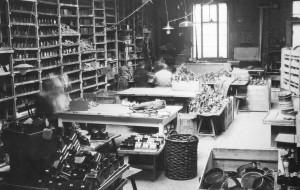 Geobra Brandstätters værksted i midten af 1920'erne.