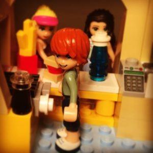 Lego Friends Shopping Mall (2)