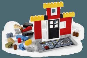 Lego Fusion Town Master (1)
