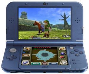 Nintendo lancerer også en New Nintendo 3DS XL, som med en større skærm og et mere diskret design af knapper er tiltænkte de voksne. Rent teknologisk er XL-modellen magen til den almindelige konsol, men den har plads til et lidt større batteri, og så er det ikke muligt at udskifte cover-pladerne.