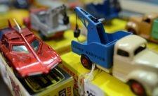 Legetøjsbiler solgt på auktion for 2,3 millioner kroner