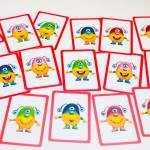 16 kort med monstre der skal bygges med klodser